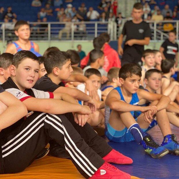 دیدار ستارگان کشتی روسیه با استعدادهای جوان منطقه قفقاز