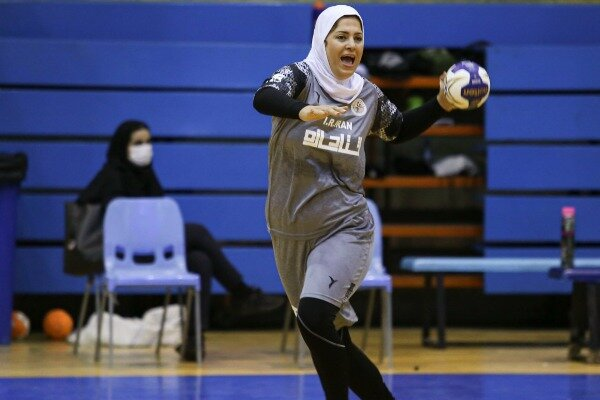 Iran women's handball team into Spain world cup