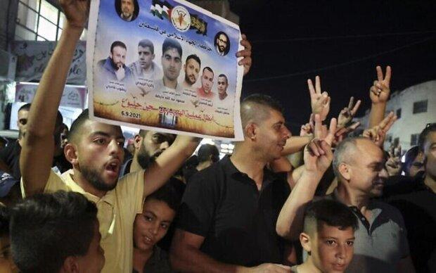 """إعتقال أبطال نفق الحرية لا ينفي زَلزَلَتَهُم لـ"""" درّة التاج الأمني"""" الصهيوني"""