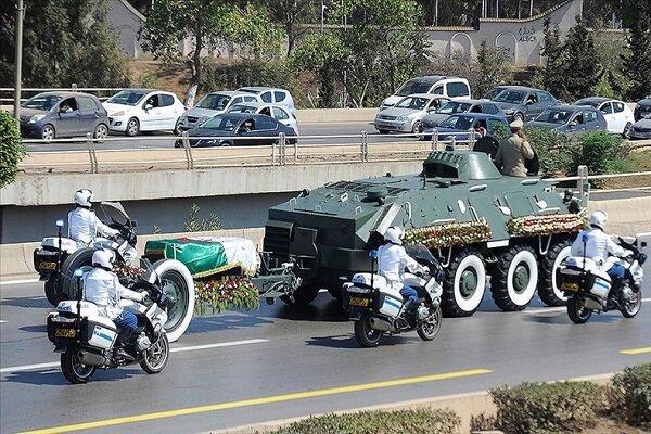 Eski Cezayir Cumhurbaşkanı Buteflika'nın cenazesi toprağa verildi