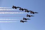 """اختبار أسلحة جديدة في مناورات """"فدائيو الولاية"""" للقوة الجوية"""