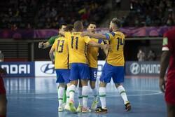برزیل با شکست قزاقستان به عنوان سوم جام جهانی فوتسال رسید