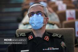 اللواء باقري يُثمّن دور الجندي في الذود عن حمى البلاد وحفظ أهداف الثورة الإسلامية