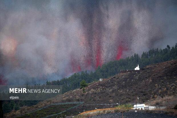 فوران آتشفشان در لا پالما