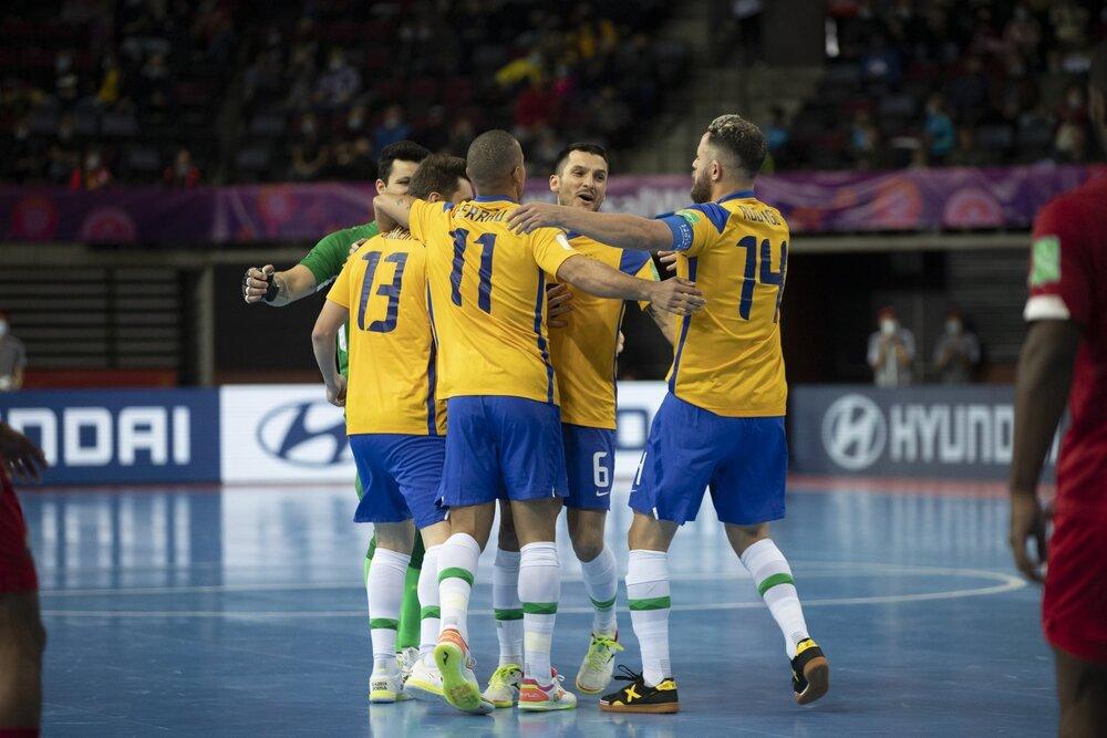 پیروزی تیم ملی فوتسال برزیل مقابل ژاپن/ سومین تیم آسیایی حذف شد