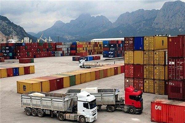 رشد ۴۱۳ درصدی ارزش صادرات از پایانه مرزی سرخس