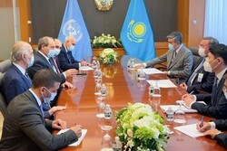 المقداد يبحث مع وزيري خارجية كوبا وكازاخستان سبل تعزيز العلاقات الثنائية