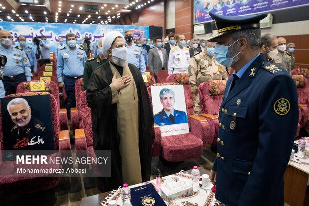 امیر سرلشگر عبدالرحیم موسوی فرمانده کل ارتش در مراسم تکریم فرمانده سابق و معارفه فرمانده جدید نیروی هوایی ارتش حضور پیدا میکند
