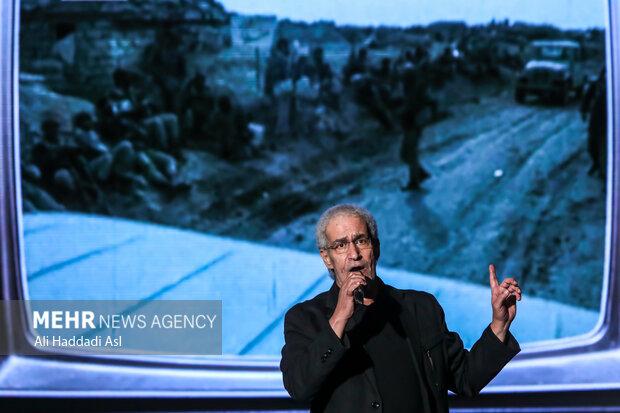 غلامعلی کویتی پور در سومین همایش یادها و نامها به اجرای برنامه پرداخت