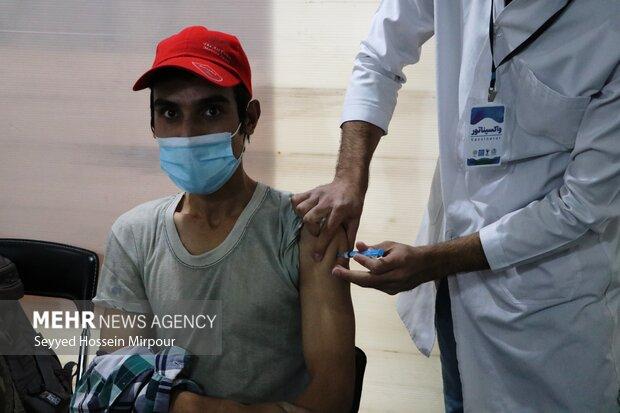 افزایش پایگاه های واکسیناسیون گیلان با لغو شرایط سنی