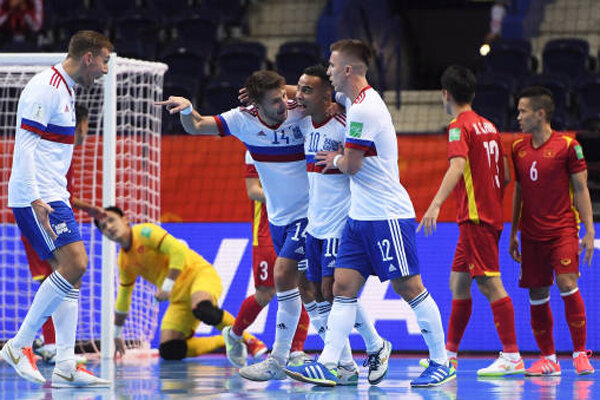 روسیه به مرحله یک چهارم نهایی جام جهانی فوتسال صعود کرد
