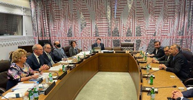 عبد اللهيان: الحكومة الايرانية الجديدة ملتزمة بمحادثات فيينا