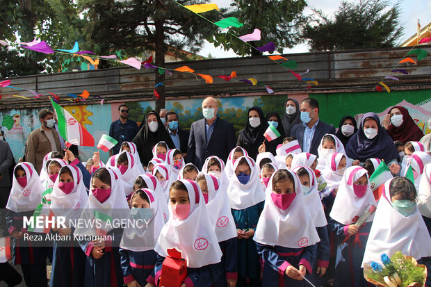 آغاز سال تحصیلی ۵۱۹ هزار دانش آموز در مازندران