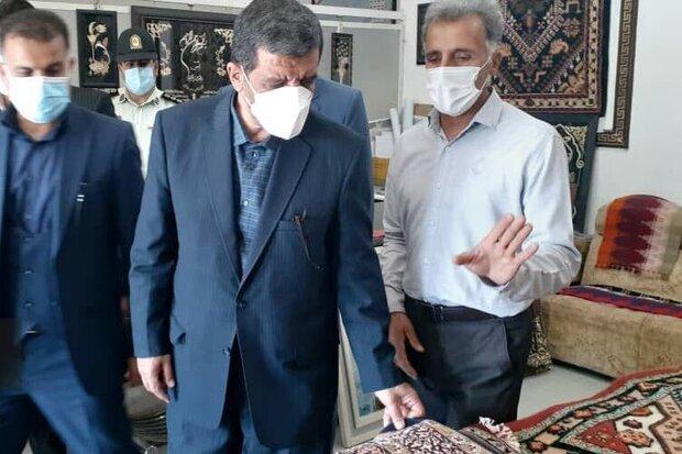 وزیر میراث فرهنگی از بازارچه صنایع دستی شهر ایلام بازدید کرد