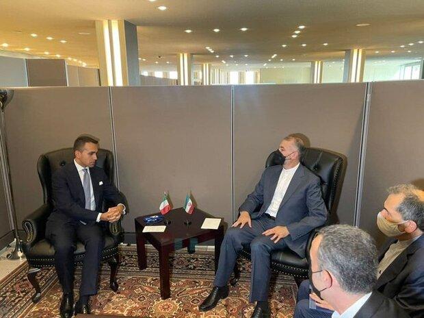 Iranian, Italian FMs discuss economic relations, Afghanistan