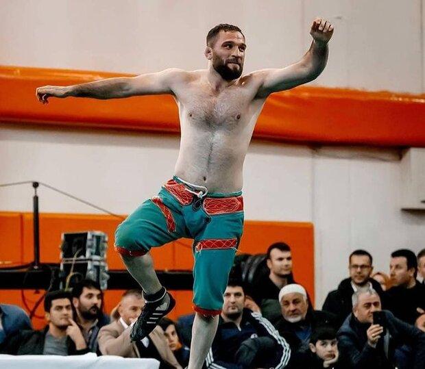 3899818 - قهرمان جهانی که «کارگری» میکند/گلایه از وعدههای ناتمام مسئولان