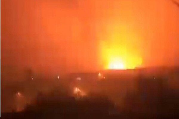 VIDEO: Yemeni army targets ousted Hadi gov.'s base