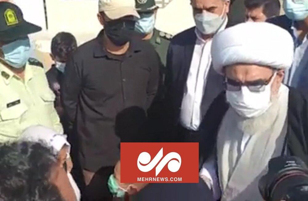 حضور امام جمعه بوشهر در مناطق محروم دشتستان