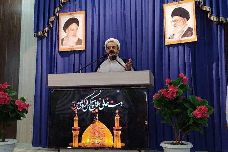 اعتبار بخشیدن به روابط ایران و کشورهای همسایه سیاست دولت است