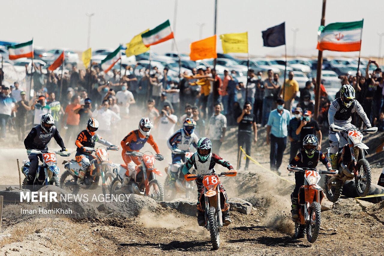 مسابقات موتورسواری سوپراندورو قهرمانی کشور