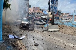 10 killed in car bomb blast near Somalia Presidential Palace