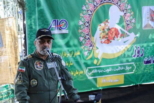 ايران احرزت تقدماً كبيراً في انتاج الطائرات والمروحيات والصواريخ
