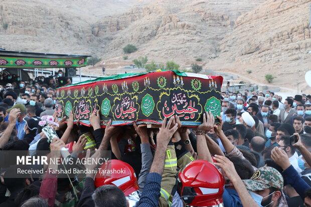 İranlı kahraman çocuk toprağa verildi