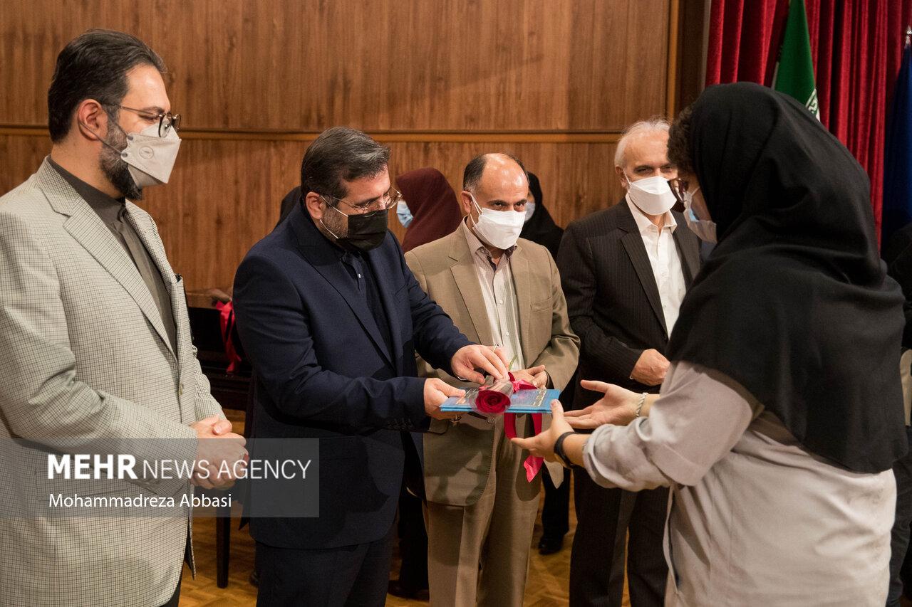 مراسم نواختن زنگ بازگشایی مدارس با حضور وزیر فرهنگ و ارشاد