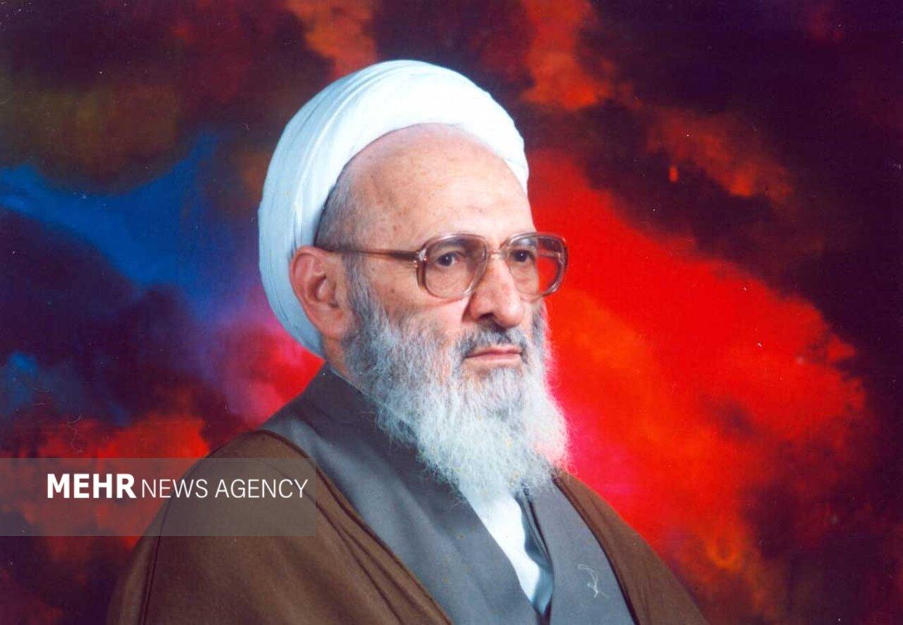 آیت اللہ حسن زادہ آملی کا 92 برس کی عمر میں انتقال ہوگیا