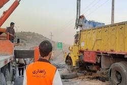 واژگونی یک دستگاه کامیون در محور تهران-جاجرود