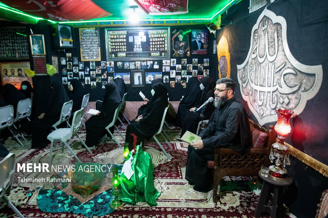 ایران میں گھروں میں دل کی گہرائیوں سے مجالس عزا کا اہتمام