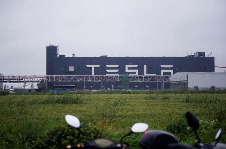 کارخانه تسلا در شانگهای ۳۰۰ هزار خودرو ساخت