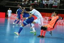 هنوز از تصمیم داور علیه تیم ملی فوتسال ایران مات و مبهوت هستم!