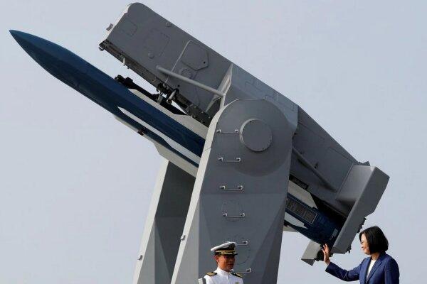 برای بازدارندگی در برابر چین به تسلیحات دوربُرد و دقیق نیازمندیم