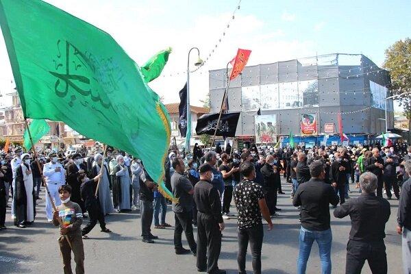 مردم انزلی در سوگ اربعین/ جاماندگان شوری به پا کردند