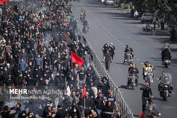 People of Tehran hold Arbaeen ceremonies