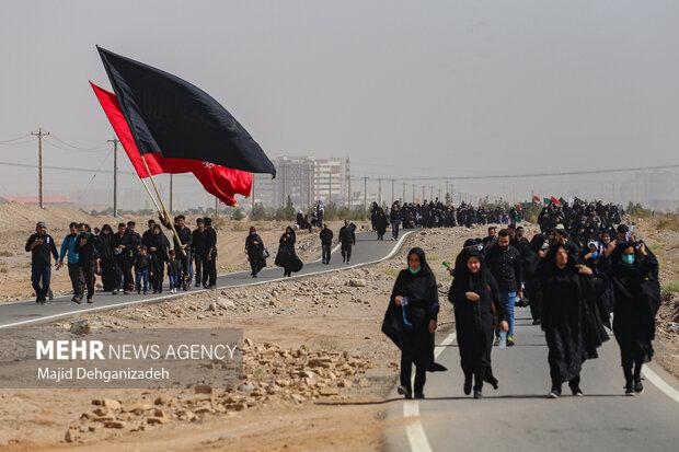 پیاده روی جاماندگان اربعین حسینی در یزد