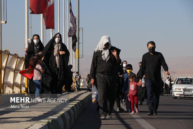پیاده روی و عزاداری جاماندگان اربعین حسینی تبریز
