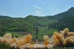 أمريكا تدين تجربة كوريا الشمالية الصاروخية الجديدة وتدعو لاستئناف المحادثات النووية