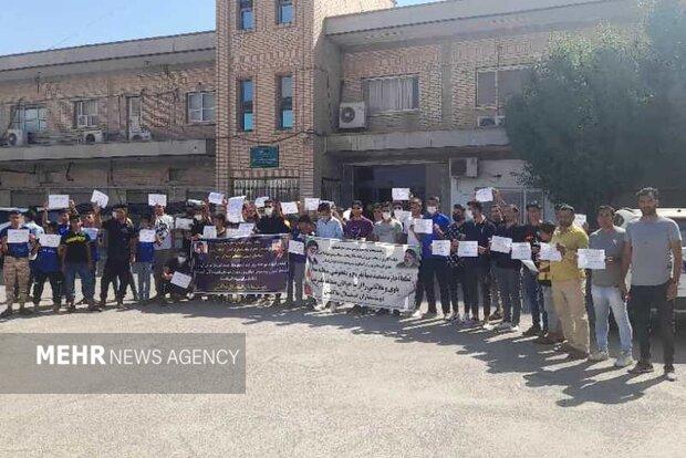 اعتراض هواداران استقلال ملاثانی نسبت به دست اندازی به مالکیت تیم