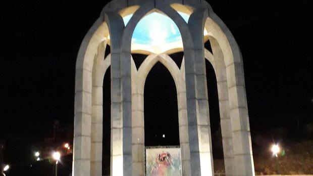 نمادهای شهدا در شهر شیراز باید به نشانه شهری و فرهنگی تبدیل شود