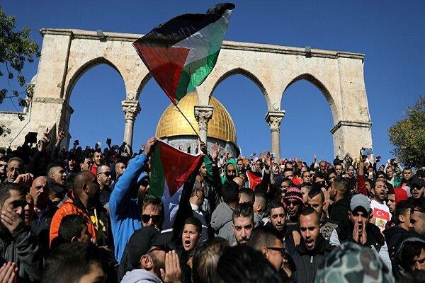 المقاومة هي الطريق الوحيد لاستعادة الارض/ انتفاضة الاقصى وحّدت الشعب الفلسطيني