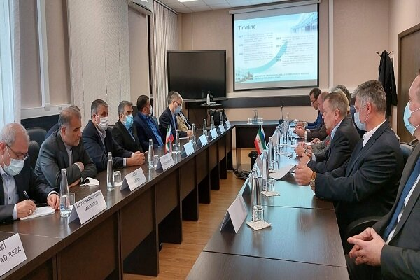 AEOI chief visits Russia's Institute for Nuclear Research