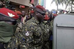 رهبر کودتاچیان گینه خود را رئیس جمهور جدید نامید