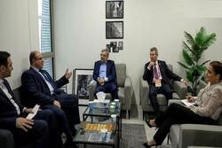 ايران وسورية تبحثان ضرورة استمرار التعاون الاقتصادي بين البلدين
