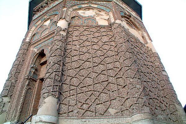 مراغه شهربرج مقبرههای تاریخی/بیتوجهی به اماکن تاریخی ادامه دارد