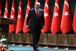 Reuters: Erdoğan'ın ekonomik büyüme itibarı paslandı