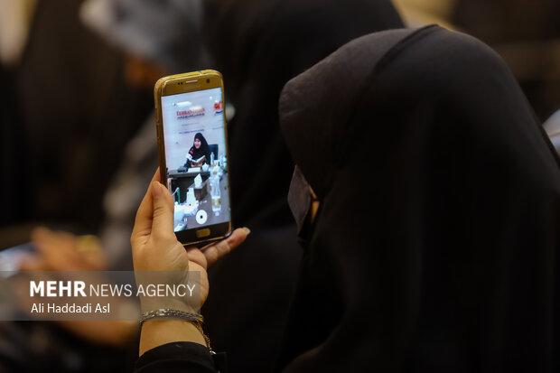 محفل شعر و شعرخوانی سوگواره مهر در سالن جلسات خبرگزاری مهر برگزار شد