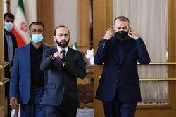 اجتماع وزيري خارجية إيران وأرمينيا/ بالصور