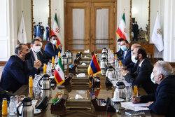 Ermenistan Dışişleri Bakanı Mirzoyan Tahran'da